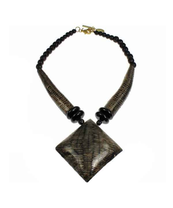 buffalo horn choker necklace