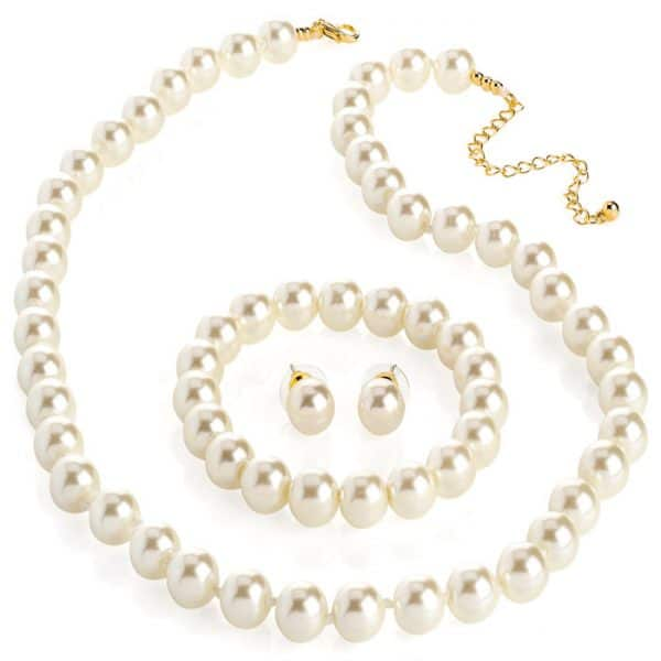 pearl jewellery set necklace and bracelet