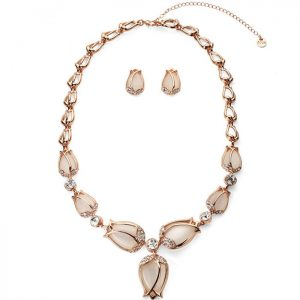 Luxurious rose gold tulip flower style jewellery set