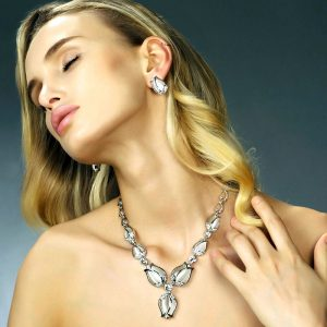 Luxurious silver colour tulip flower style costume jewellery set