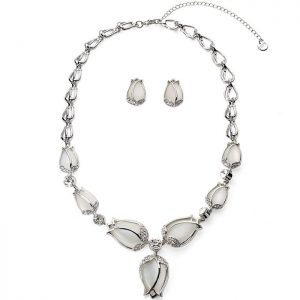 Luxurious silver tulip flower style costume jewellery set