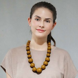 Large wooden tribal chunky beige colour bead graduated necklace