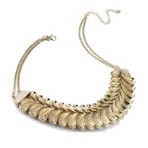 Open clam gold coloured costume jewellery chain choker necklace