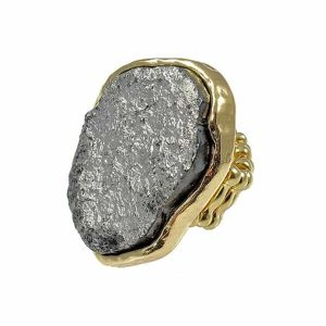 Women's large grey ridged stone cocktail gold ring