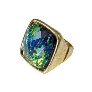 New York style square faceted stone gold ring