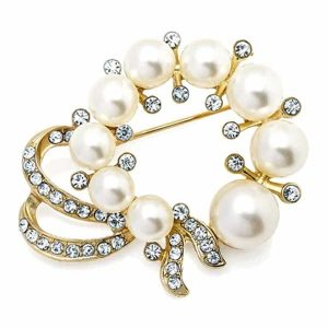 Faux pearl & diamante wedding style gold costume jewellery brooch