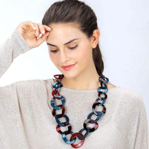 Beautiful graduated multi-textured acrylic blue and red round hoop necklace