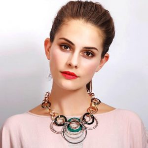 Fashion jewellery large ring intertwined statement style choker necklace