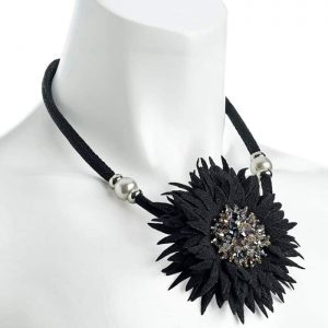 Fashion jewellery black tone crystal glass bead big flower fabric design cord necklace