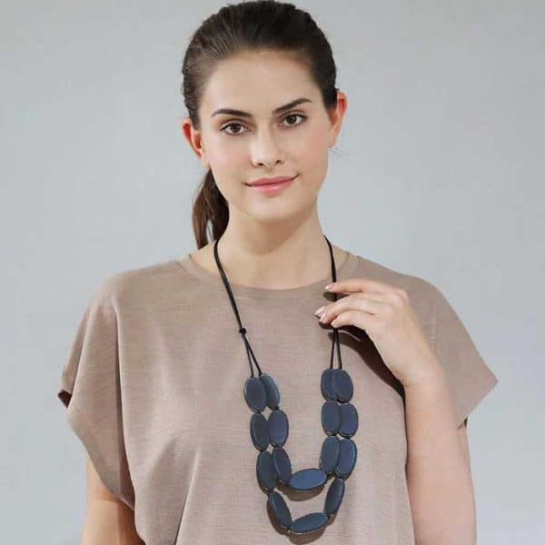 Blue wooden flatten pebble layered cord necklace