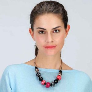 Beautiful multicolour large beaded acrylic choker metal necklace