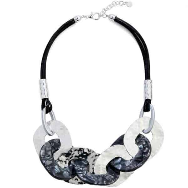 Large metal and acrylic interlinked thick hoops statement necklace